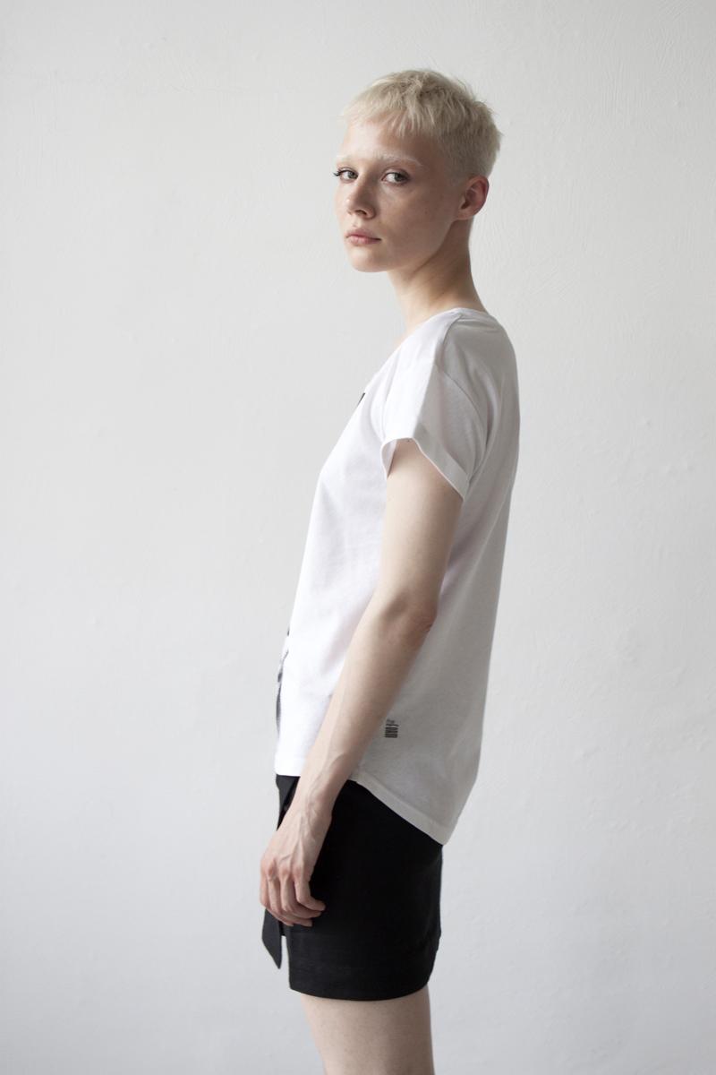 Женская футболка «Лабиринт»