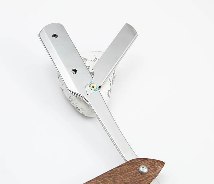 RAZ359 Бритва шаветка с деревянной ручкой фото 05