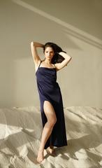 Платье длинное темно-синее Lilit