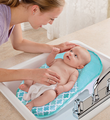 Summer Infant Lil Luxuries Whirlpool, Bubbling Spa & Shower