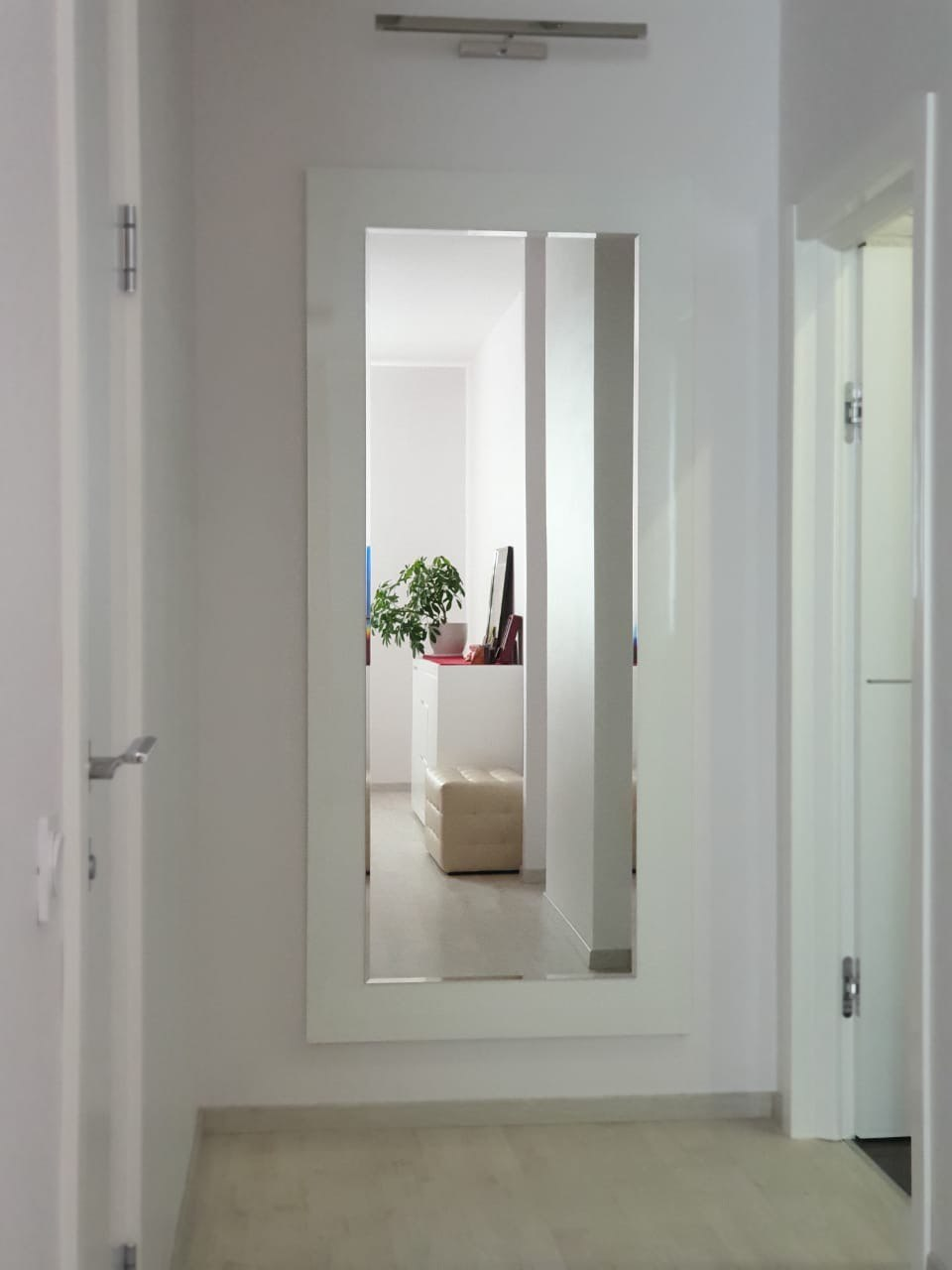 Зеркало DUPEN (Дюпен) Е-77 белое