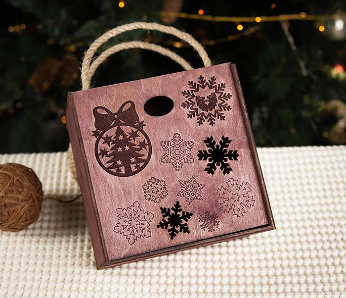 BOX202-3 Большая подарочная коробка фиолетового цвета (17*17*10 см) фото 02