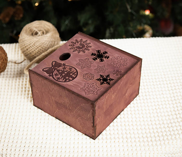 BOX202-3 Большая подарочная коробка фиолетового цвета (17*17*10 см) фото 03