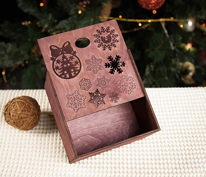 BOX202-3 Большая подарочная коробка фиолетового цвета (17*17*10 см) фото 04