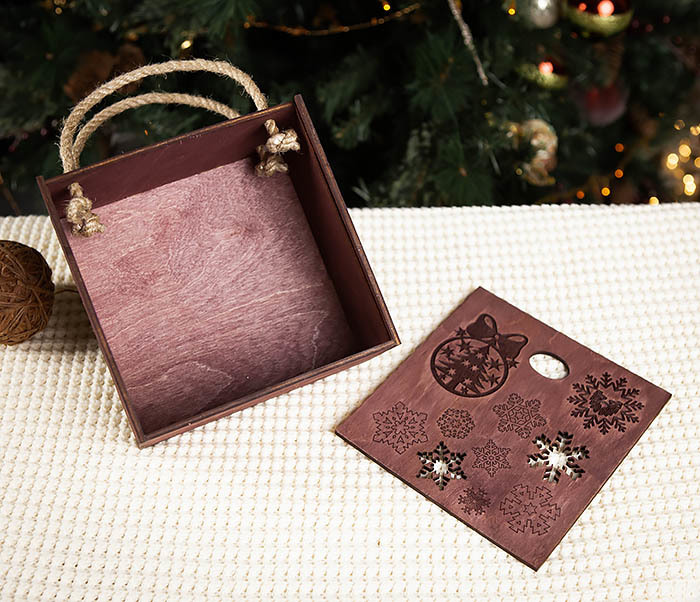 BOX202-3 Большая подарочная коробка фиолетового цвета (17*17*10 см) фото 05