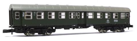 Вагон пассажирский четырехосный переоборудованный 2кл., тип Byg 515 DB MARKLIN 8754