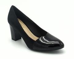 Черные туфли из комбинированной кожи на устойчивом каблуке