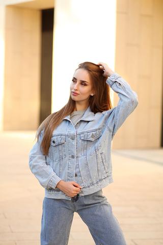 Светло-голубая джинсовая куртка интернет магазин