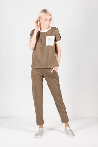 Фото укороченные брюки цвета хаки на поясе в тонкую золотистую полоску - Брюки А507а-498 (1)