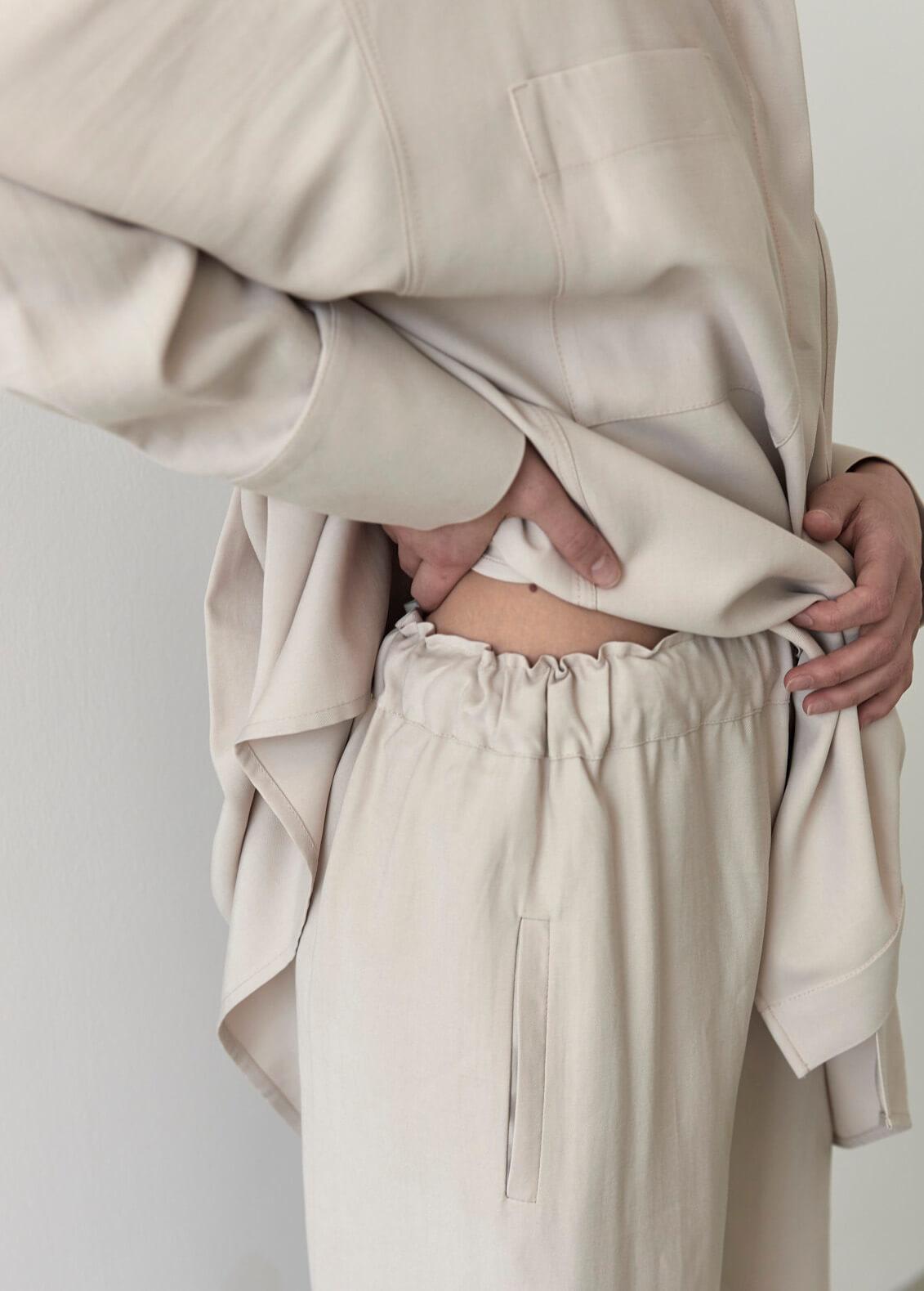 Прямые брюки на кулиске, беж тенсел