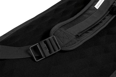 Рюкзак Victorinox Altmont Compact Laptop Backpack 13'' чёрный, 28x15x46 см, 14 л