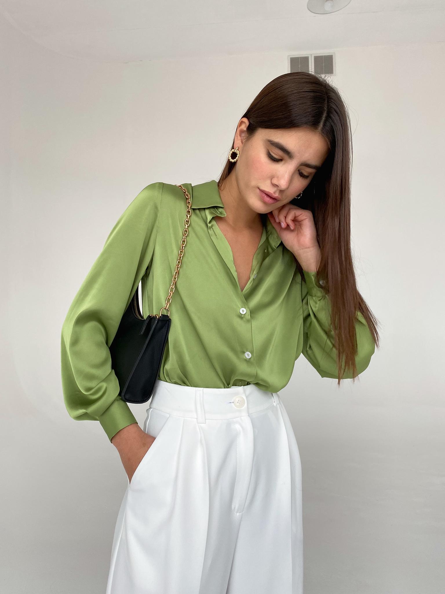 Рубашка атласная удлиненная  (оливковый)