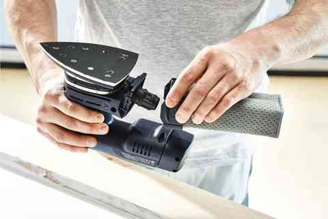 Аккумуляторная дельтавидная шлифовальная машинка DTSC 400 Li 3,1 I-Plus