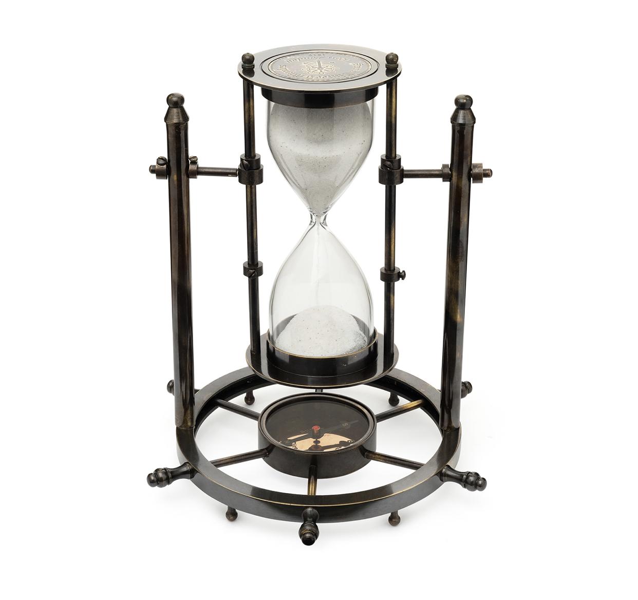 Часы песочные  с магнитным компасом