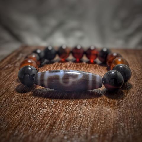 Каменный браслет с бусиной дзи Бодхи