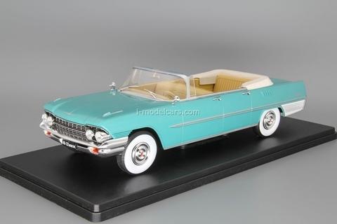 ZIL-111D cabriolet turquoise 1:24 Legendary Soviet cars Hachette #10