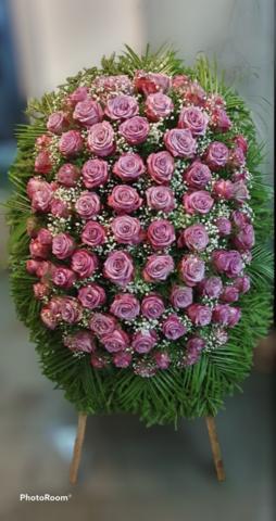 Венок из живых цветов элит ВЖ-29