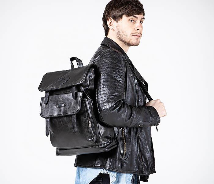 BAG531-1 Большой рюкзак из искусственной кожи