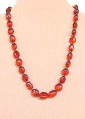 ожерелье из янтарной гальки
