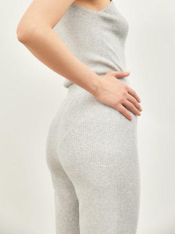 Женские брюки серого цвета из вискозы - фото 3