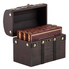 """""""Ларец сокровищ""""- три книги афоризмов в кожаной обложке в стилизованном деревянном сундучке"""