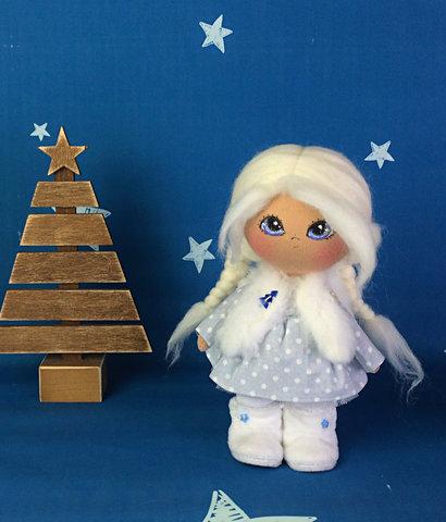 Лялька Вівьєн. Колекція La Petite.