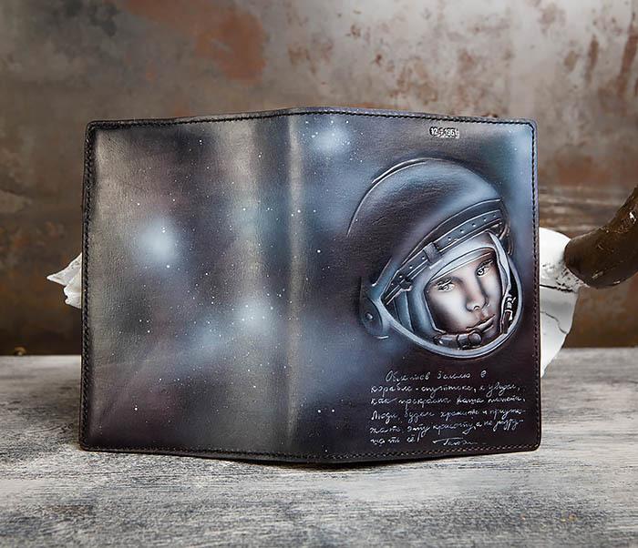 BC202 Подарочный кожаный ежедневник «Гагарин» с художественным раскрасом (A5) фото 10