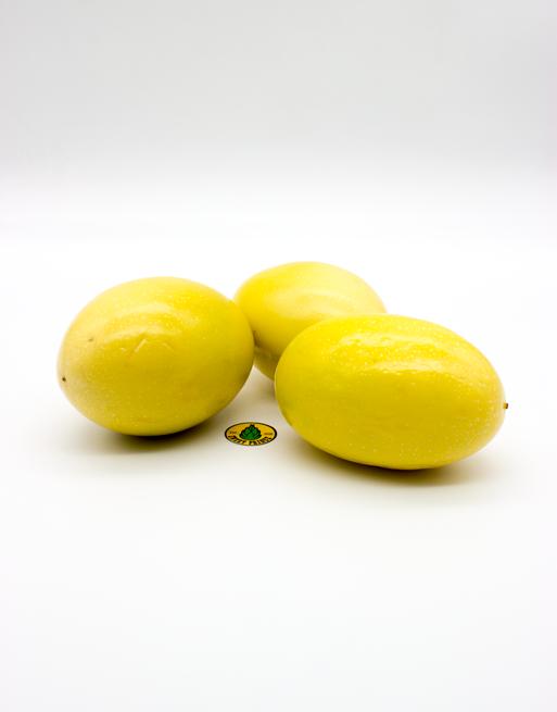 Маракуйя Желтая купить в Москве. Лавка экзотических фруктов Sweetprence.
