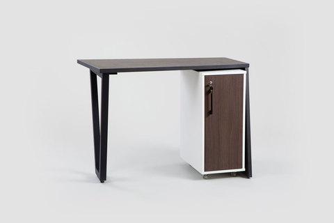 Маникюрный стол Оникс Onix