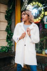 Белое пальто из ангоры оптом