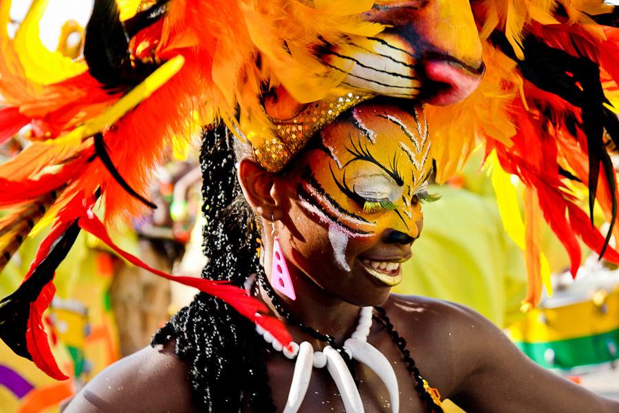 Multiverso de los carnavales latinoamericanos фото