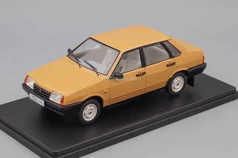 VAZ-21099 Satellite light brown 1:24 Legendary Soviet cars Hachette #55