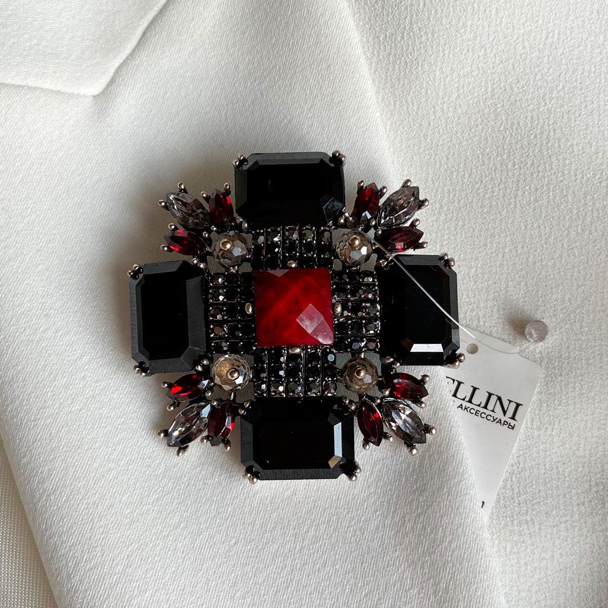 Брошь Орден L черный красный серый
