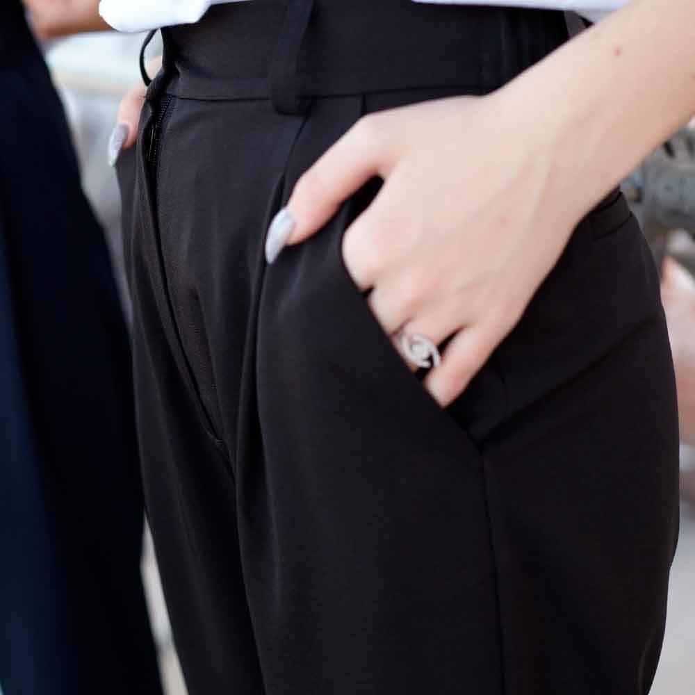 Підліткові брюки банани для дівчинки в чорному кольорі