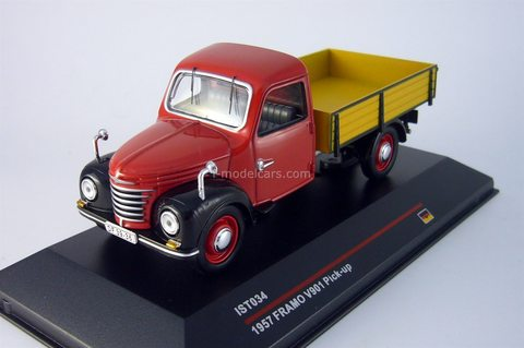 Framo V901 Pick-up 1957 red-black IST 034 Models 1:43