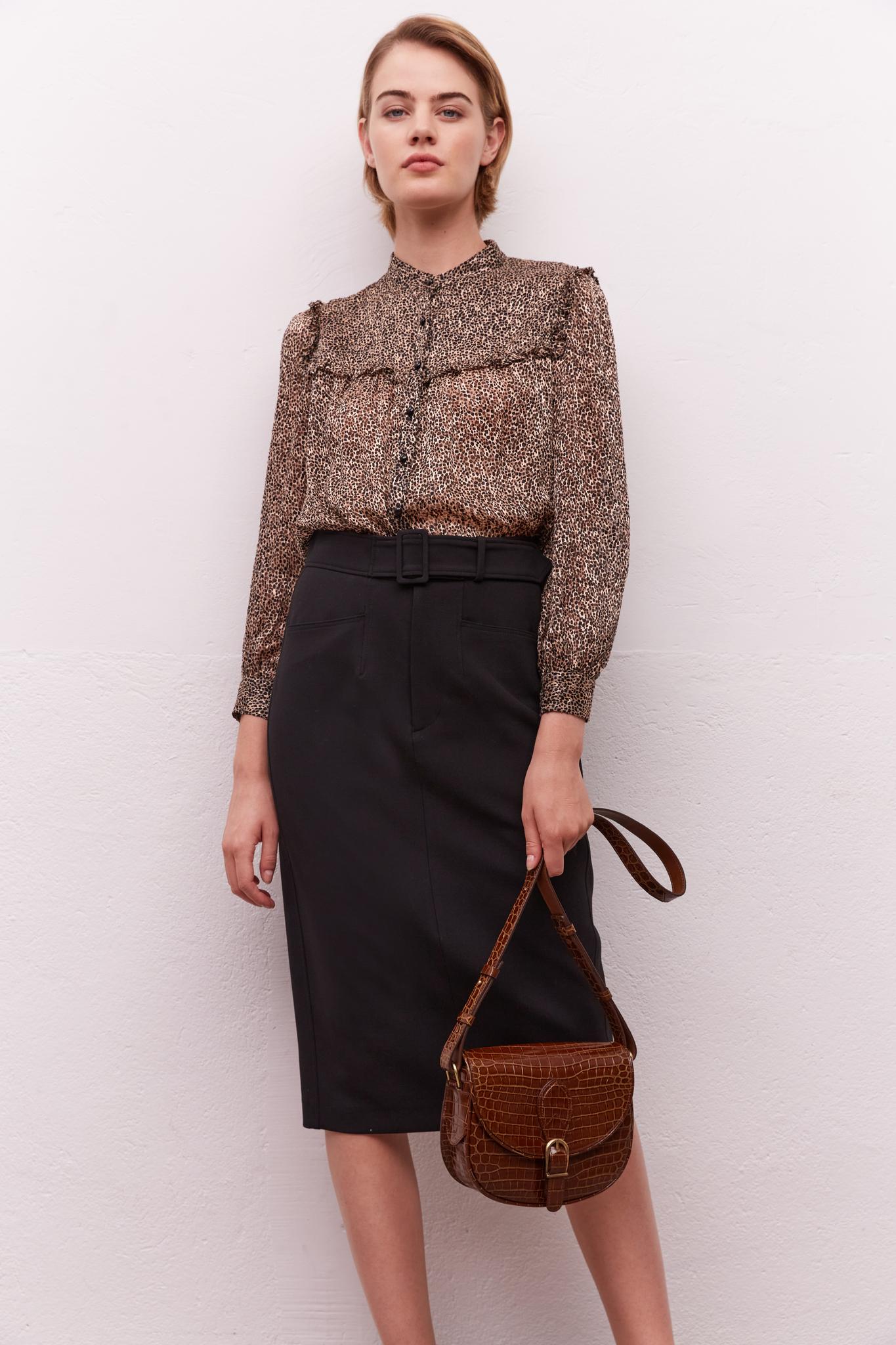 Классическая юбка длины миди