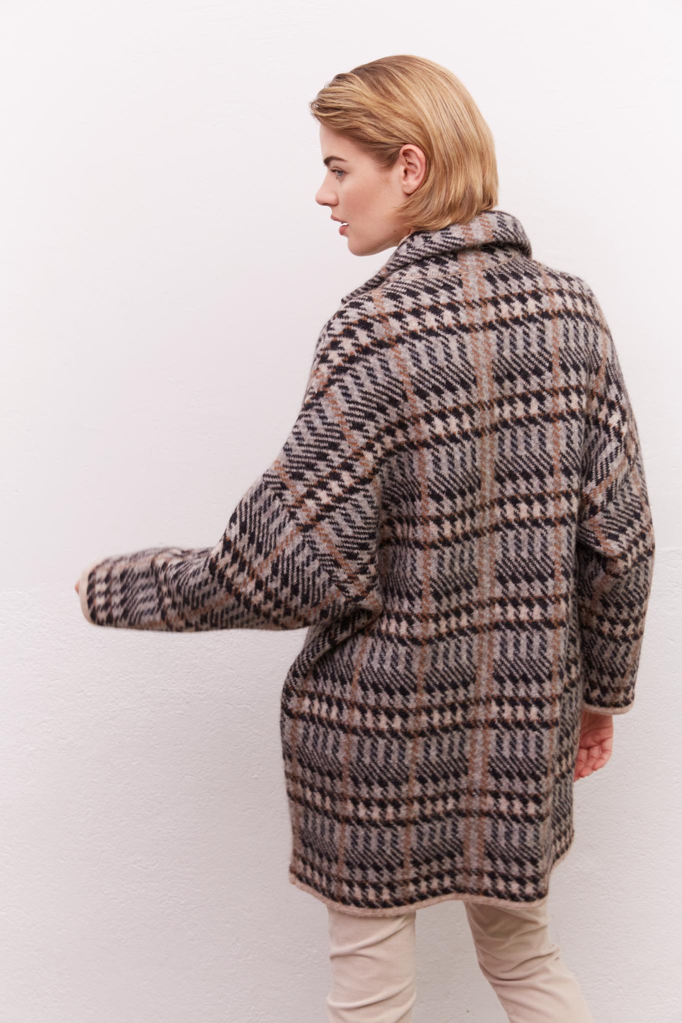SOFIA - Оверсайз пальто