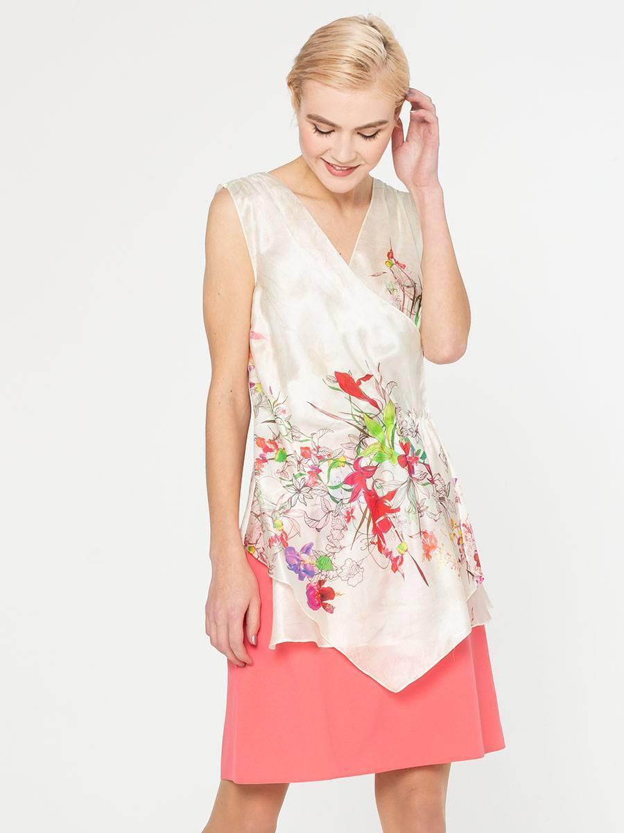 Блуза Г554-345 - Оригинальная блуза с запАхом. Глубокий, V-образный вырез выгодно подчеркнет линию груди. В этой блузе вы будете неотразимы на любом праздничном мероприятии.