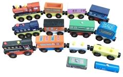 Деревянный поезд набор из 3-х подвижных составов