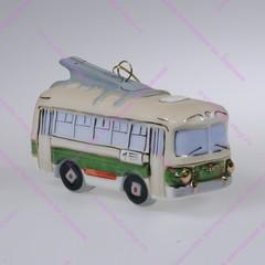 Фарфоровая ёлочная игрушка Троллейбус