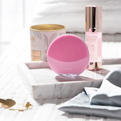 Foreo Электрическая очищающая щетка для всех типов кожи лица LUNA Mini 3 Pearl Pink