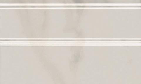 FMB009 Плинтус Гран Пале белый 250х150