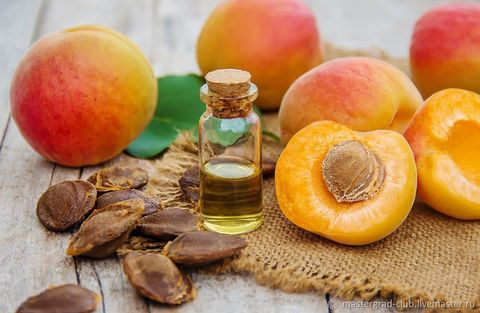 Масло абрикосовых косточек рафинированное 1л