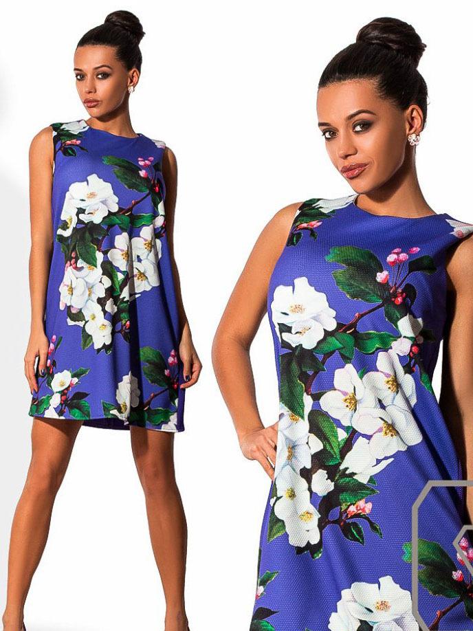 Короткое летнее платье трапеция с принтом, фиолетовое