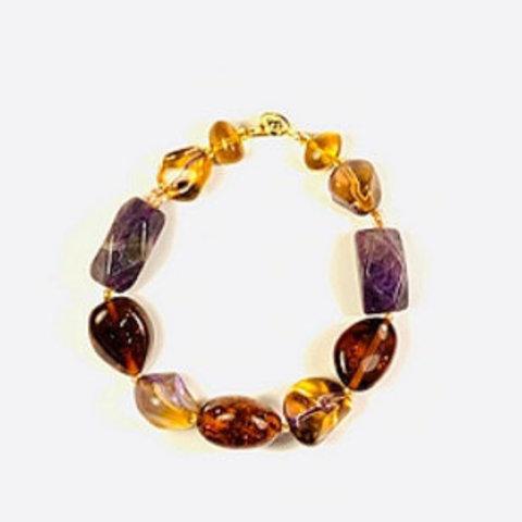 Янтарные браслеты с камнями