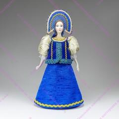 Сувенирная кукла в круглом двурогом кокошнике