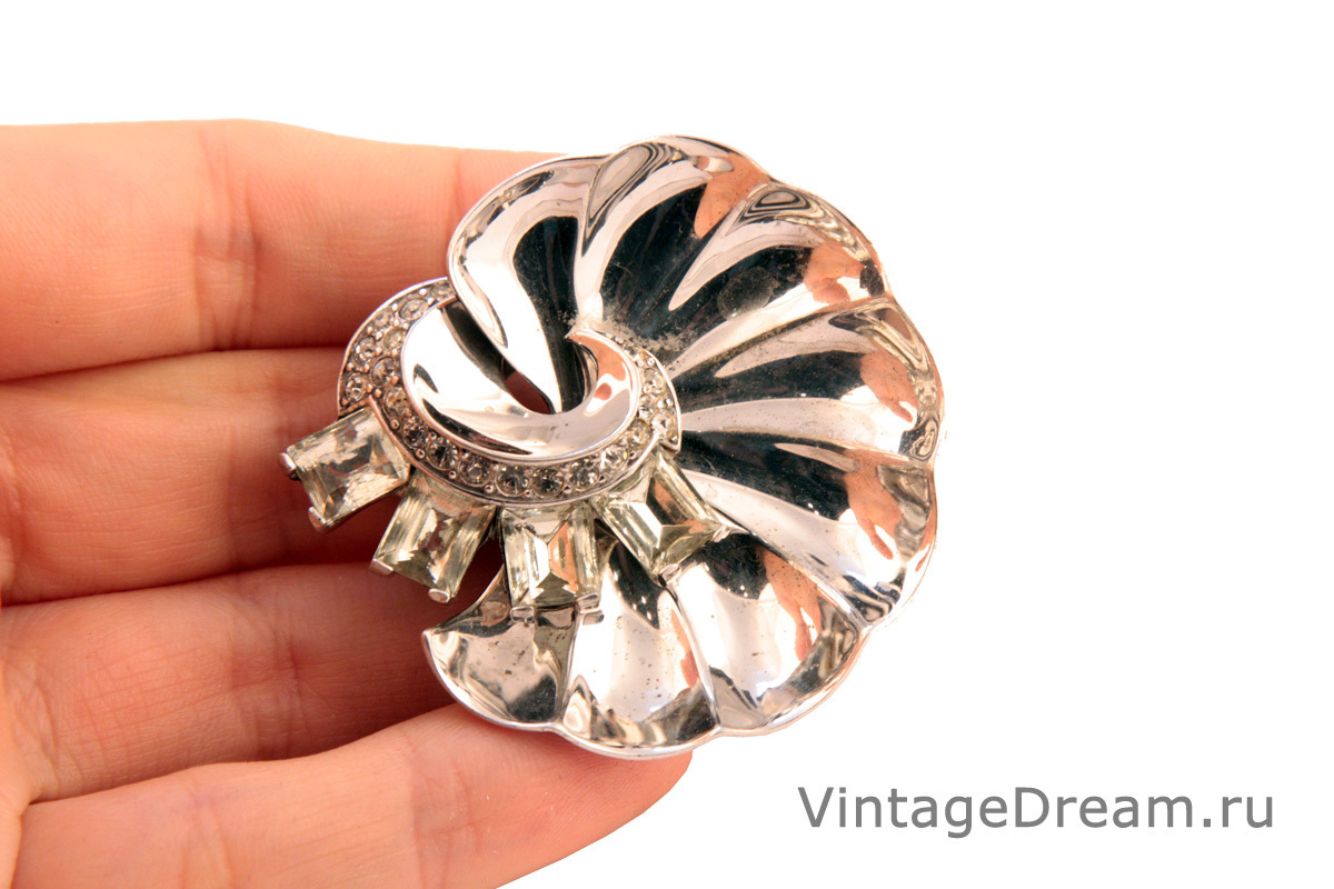 Rare silver fur clip by Boucher, 1945