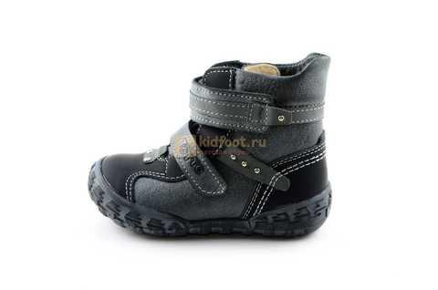 Ботинки Тотто из натуральной кожи демисезонные на байке для мальчиков, цвет черный. Изображение 3 из 10.