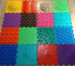 Ортопедические массажные коврики ОРТО (16 пазлов)