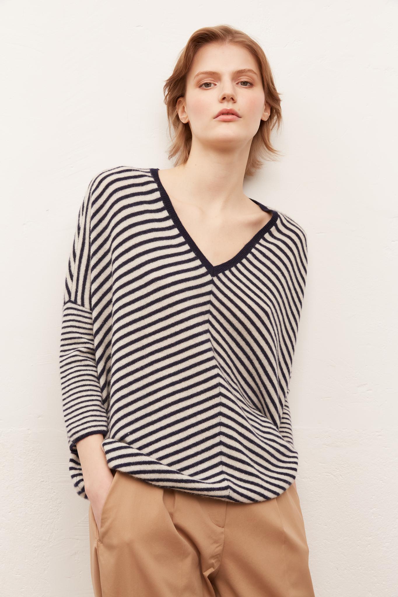ELIO - Кашемировый свитер в полоску с V-образным вырезом